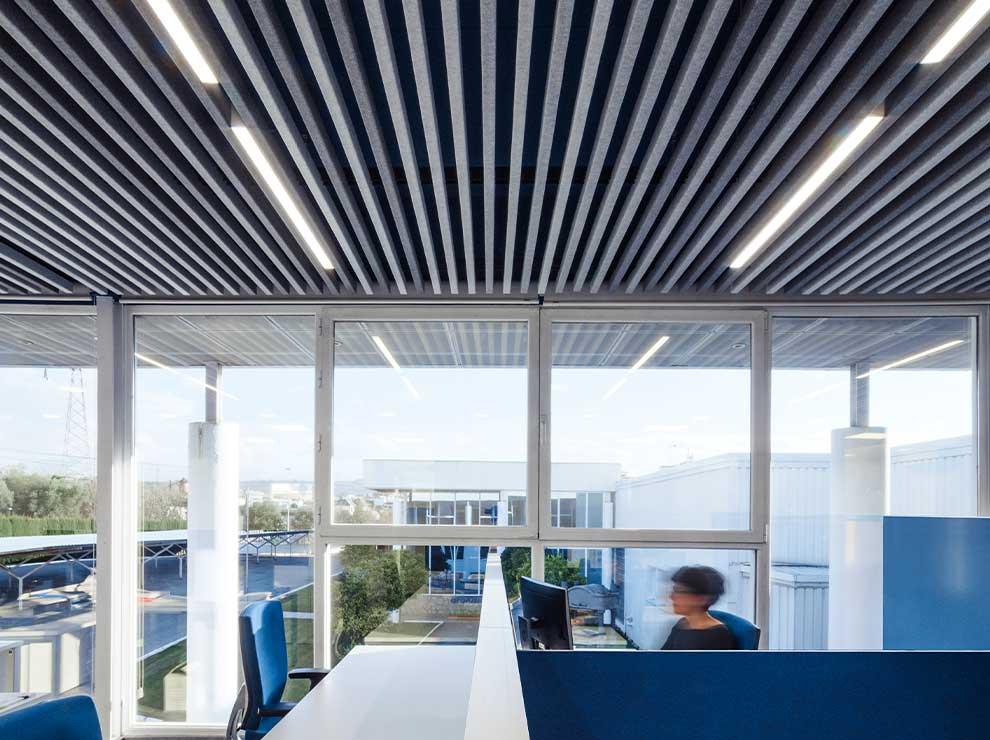 Branding espacial aplicado a oficina moderna