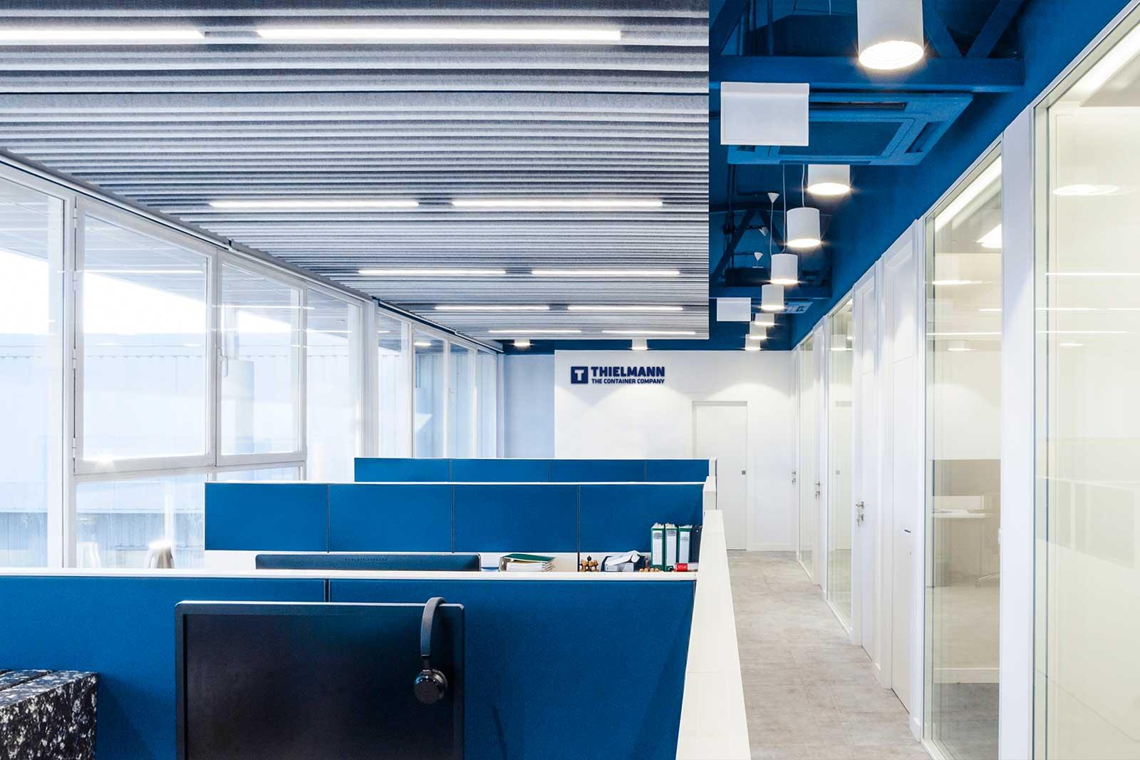 Branding espacial en oficinas.