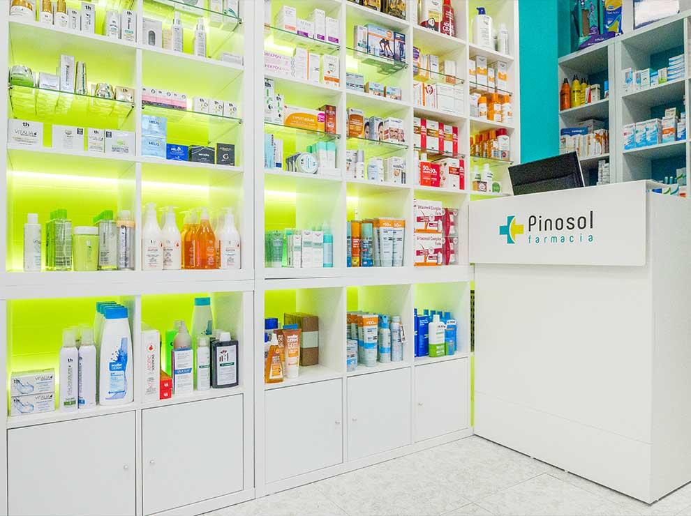 Interiorismo moderno en una farmacia