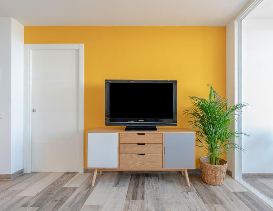 Diseño de salón de apartamento vacacional en Almería