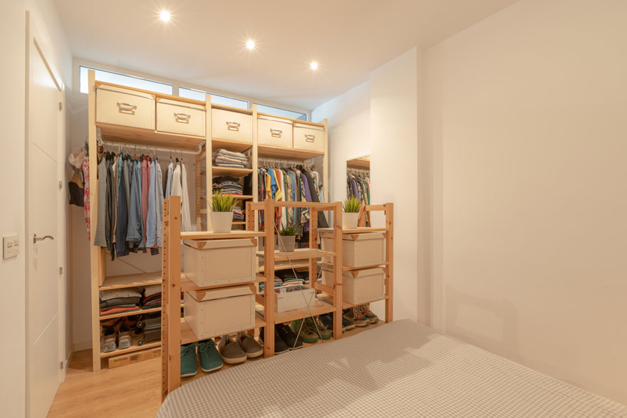 Interior design and open dressing room of small bedroom