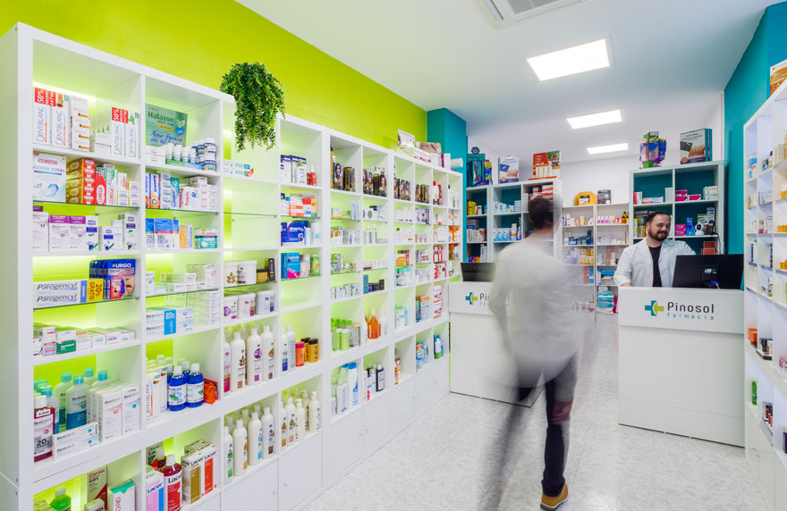 Interior design of the Pinosol pharmacy sales room in Malaga
