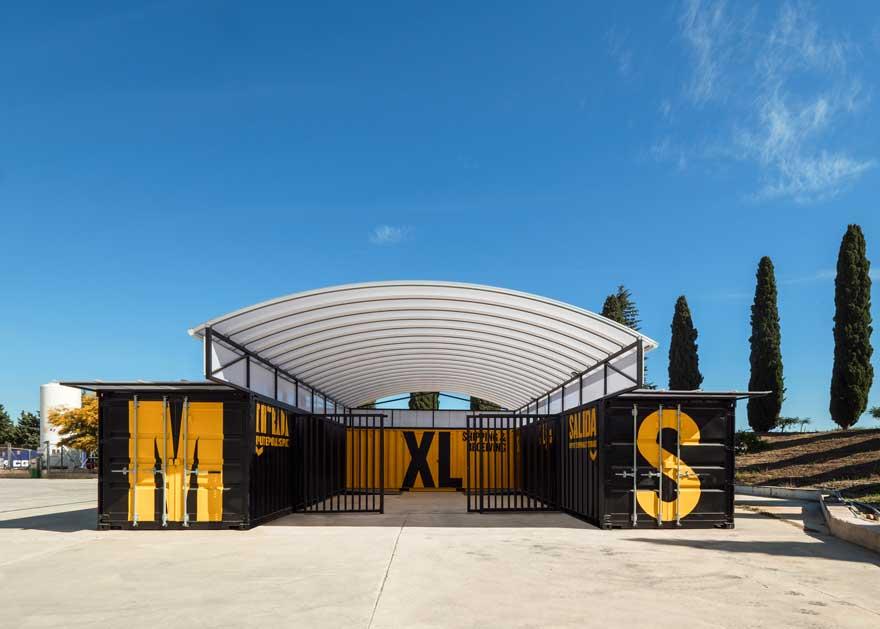 Arquitectura con contenedores para Caterpillar Málaga