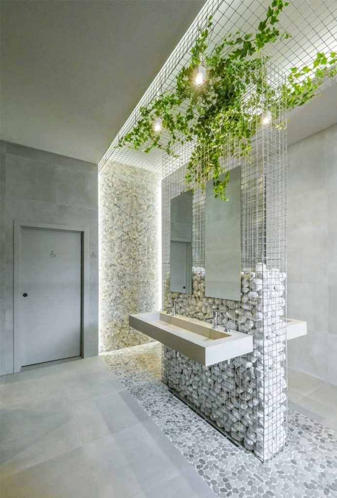 Corporate toilet design for the Caterpillar office