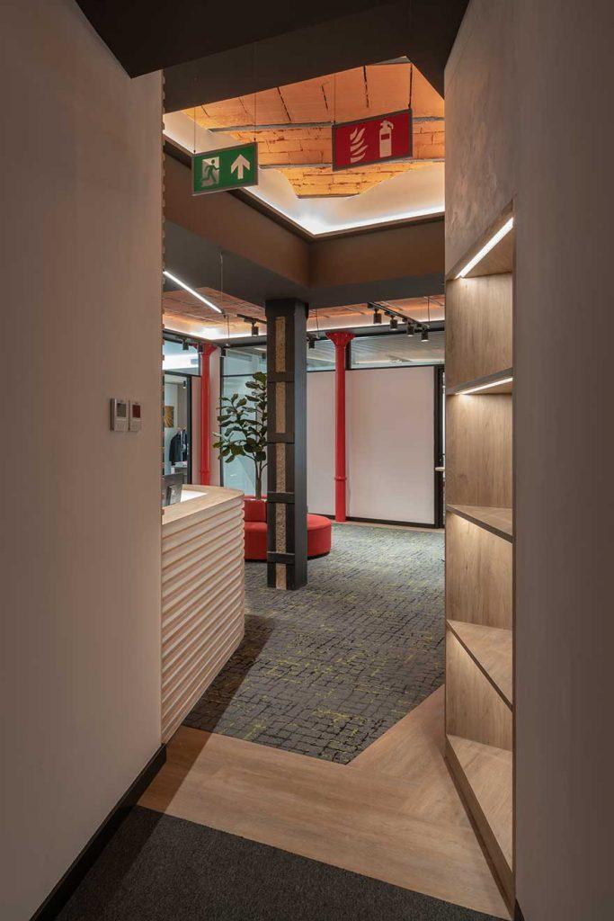 Diseño de acceso a Sagardoy Abogados en Málaga