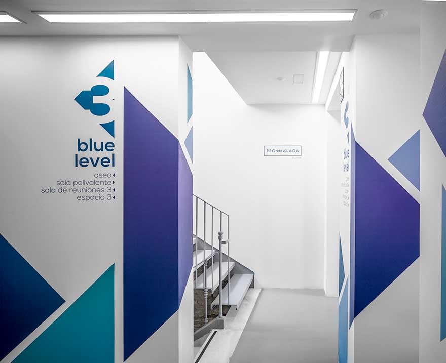 Diseño señalética mural en tonos azules