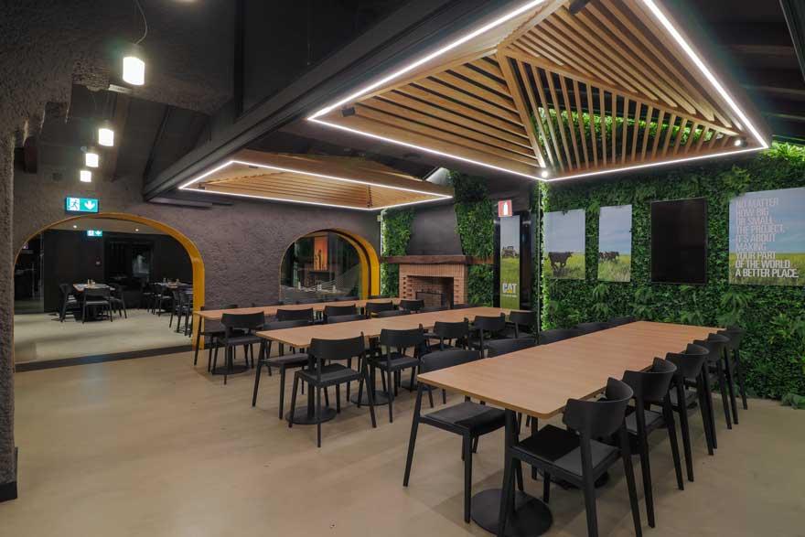 restaurante con diseño interior biofílico