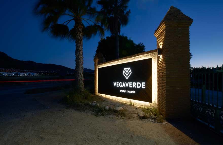 illuminated sign of vegaverde company