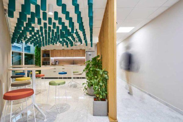 diseño iluminación de office de oficina